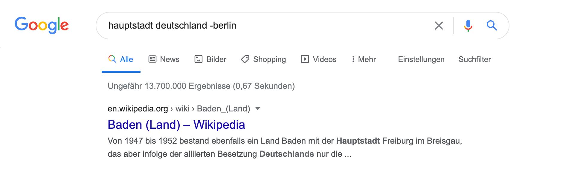 """Zeigt eine Beispiel-Google-Suchanfrage für das Keyword """"hauptstadt deutschland -berlin"""" an."""