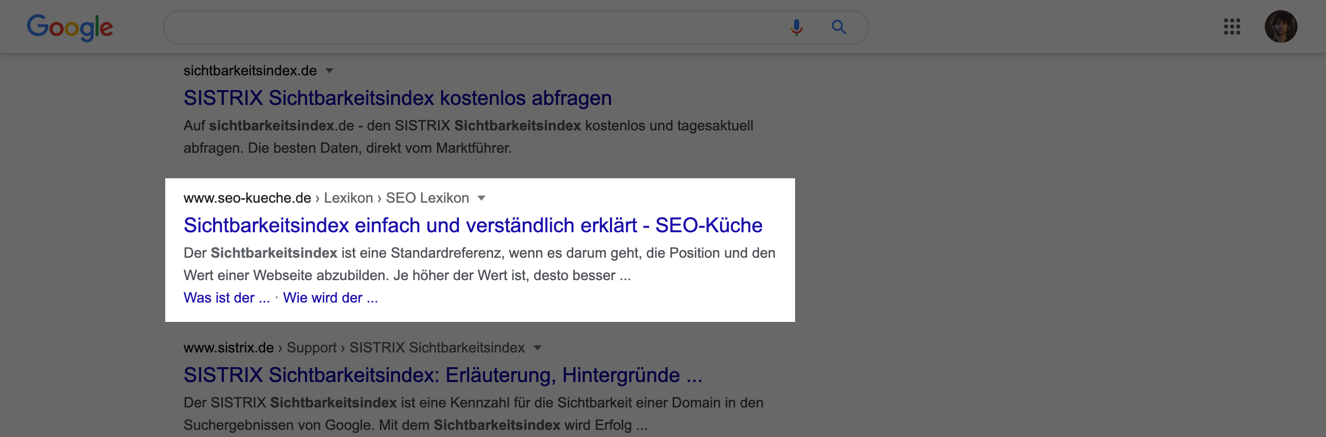 Suchtreffer in den Google-Suchergebnissen. Der Titel hat hier 63 Zeichen und wird nicht verkürzt dargestellt.
